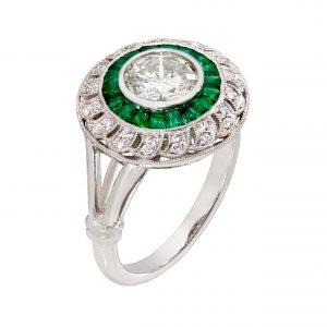100-000197 | Diamond Emerald Ring