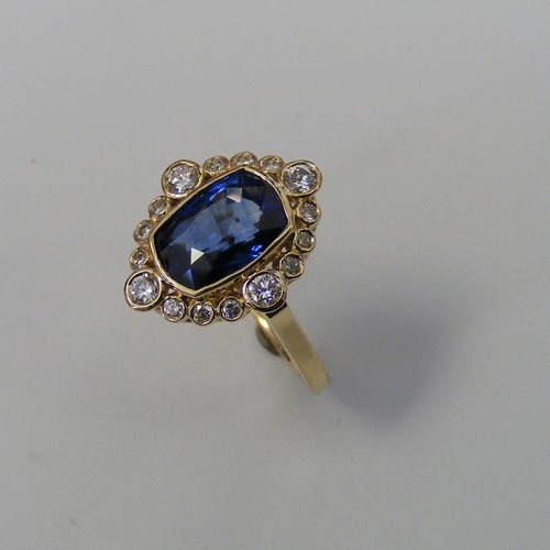 Diamond-and-Sapphire-Custom-Ring-06-03